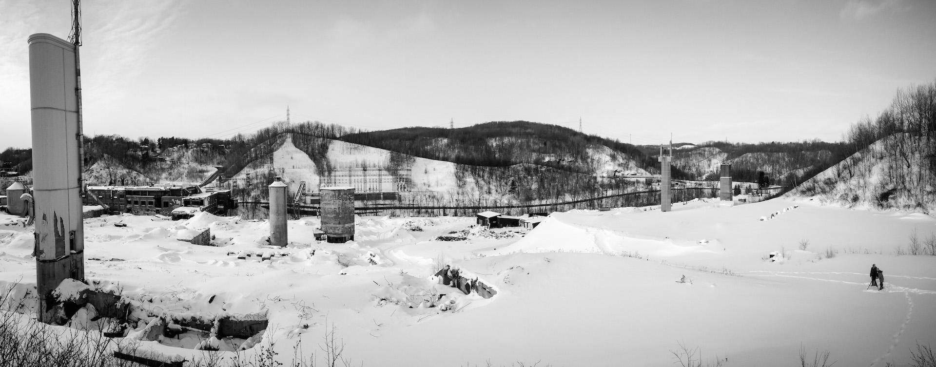 En repérage pour Quand ferme l'usine - Ruines de la Belgo, Shawinigan. Photo Moïse Marcoux-Chabot
