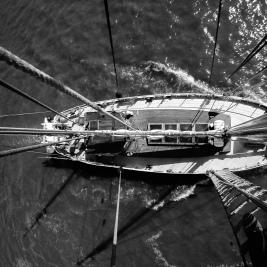 Le voilier Roter Sand d'ÉcoMaris, qui a accueilli dix-huit personnes pendant dix jours, pour un «symposium nomade des océans». Photo Moïse Marcoux-Chabot 2014.)